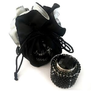 Black-diamonte-champagne-stopper-gift-bag